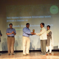 Distributing Certificate and Prize to School Teacher (1)
